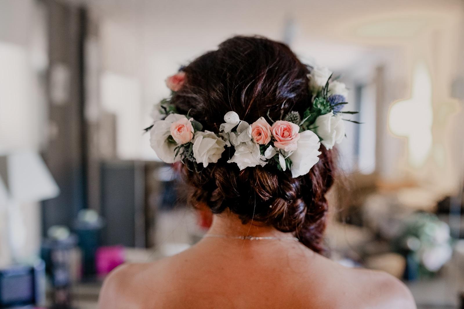couronne de fleurs chardon autrement fleurs et déco pernes les fontaines