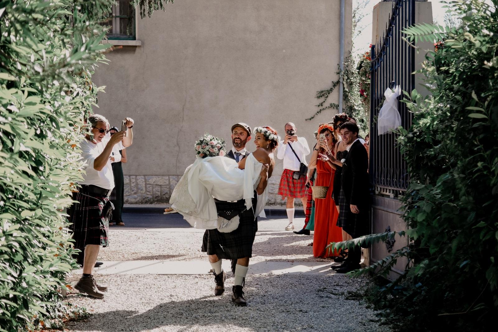 tradition passage porte mariage