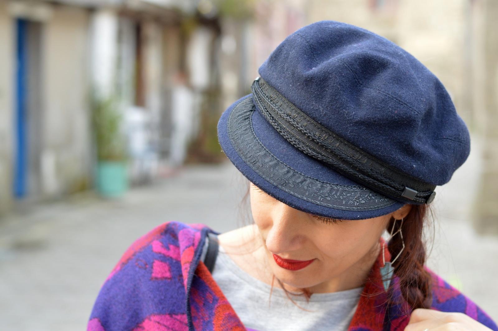 casquette bleue marine