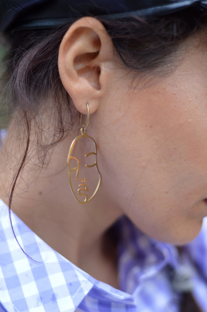 boucles d'oreilles visage